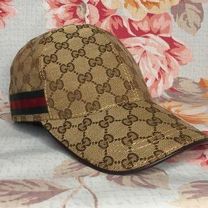 f133dc8d ❌SOLD❌Like new Gucci baseball cap